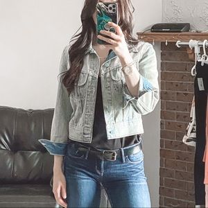 NWOT Small Wilfred Cropped Jean Jacket